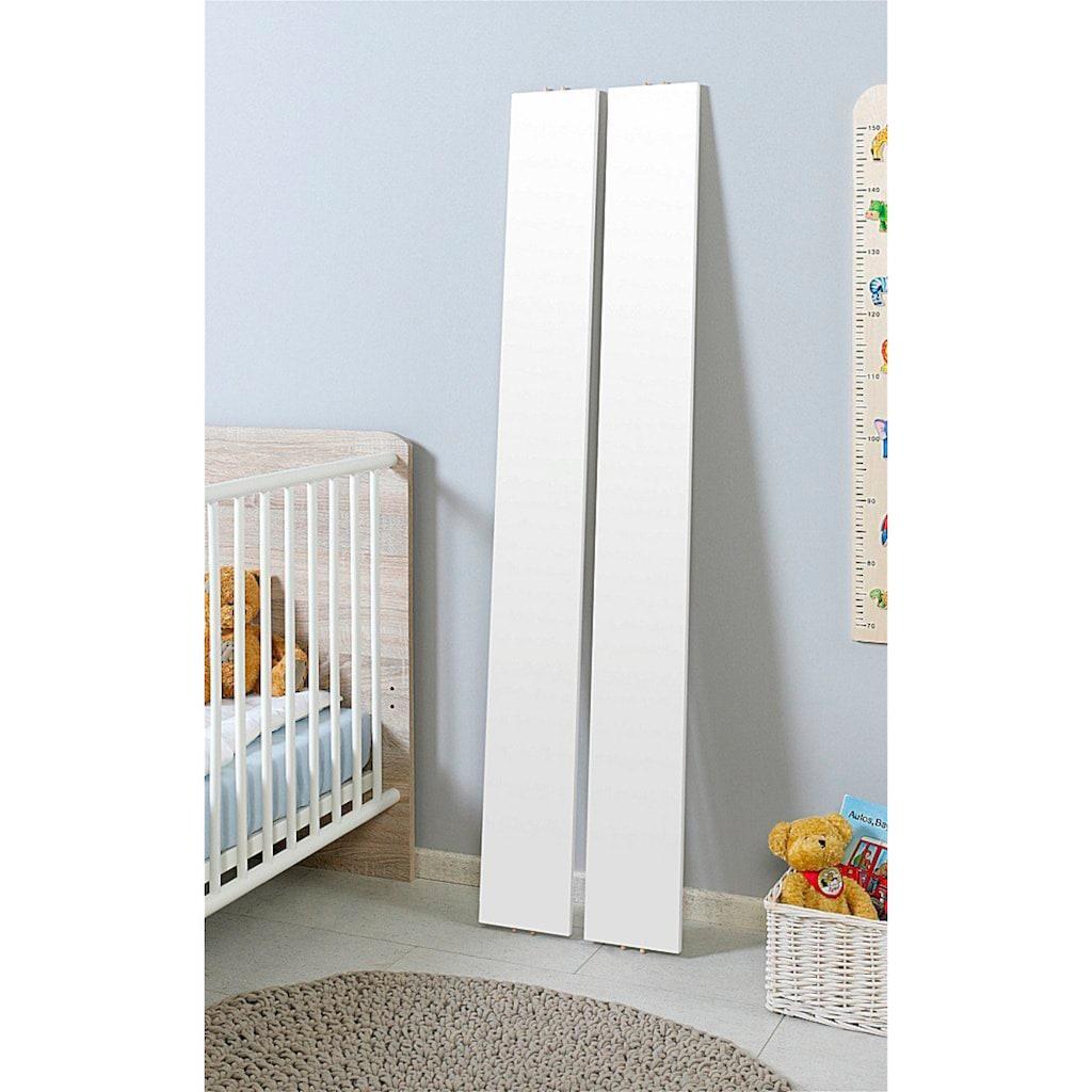 BMG Babyzimmer-Komplettset »Luis«, (Set, 11 tlg.), Bett + Wickelkommode + 2-trg. Schrank + Standregal + Unterstellregal (Set 2-tlg.) + Wandboard + Matratze & Textil-Set von Alvi