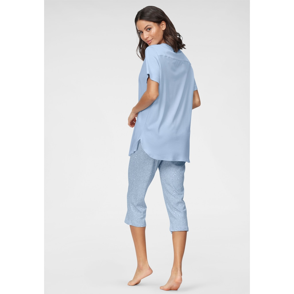 Schiesser Pyjama, mit Faltenverarbeitung am Ausschnitt und gemusterter Hose
