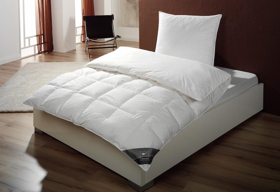 Daunenbettdecke Body Perfect Haeussling Warm Fullung 90 Daunen 10 Federn Bezug 100 Baumwolle
