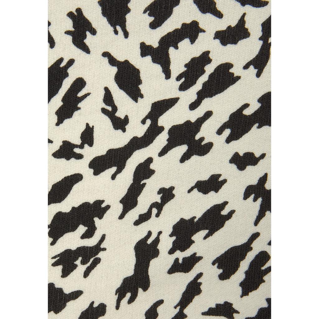 Buffalo Shorts, mit schimmerndem Bindeband