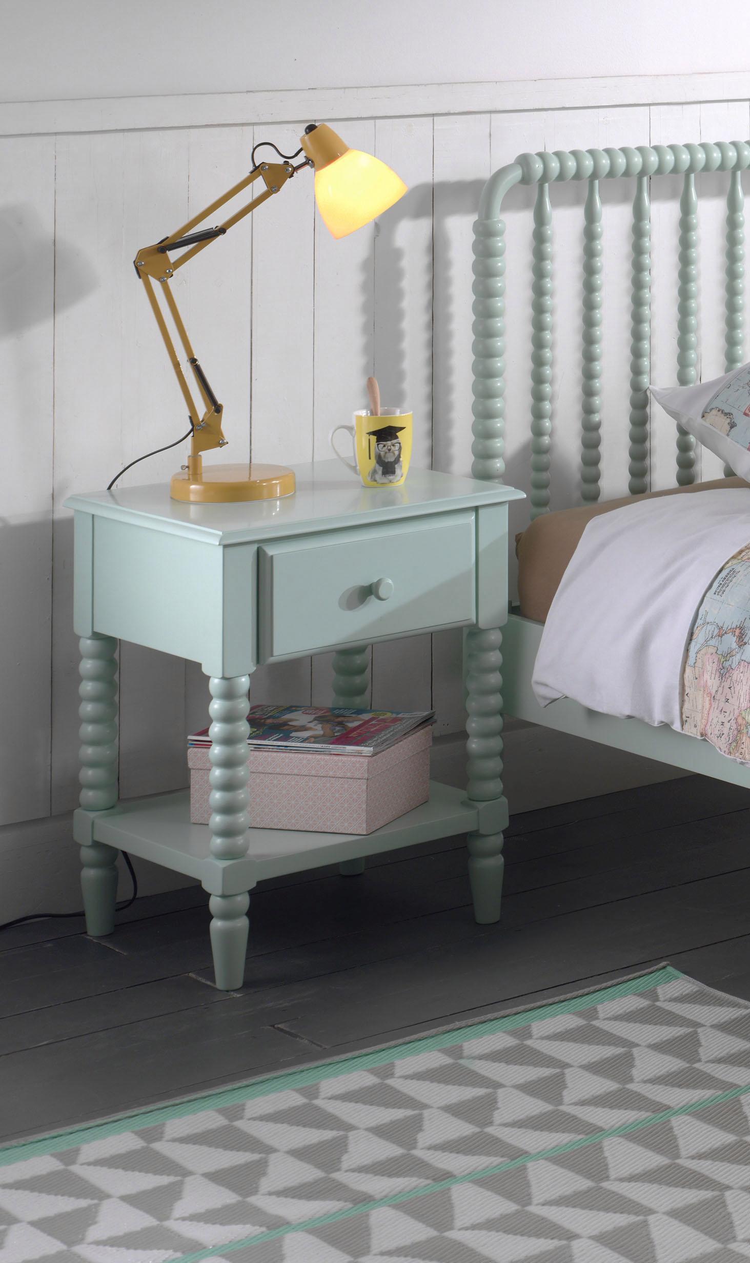 Vipack Nachttisch »Alana«, Massivholz mit MDF-Oberfläche   Schlafzimmer > Nachttische   Grün   Massivholz - Mdf - Massiver   VIPACK FURNITURE