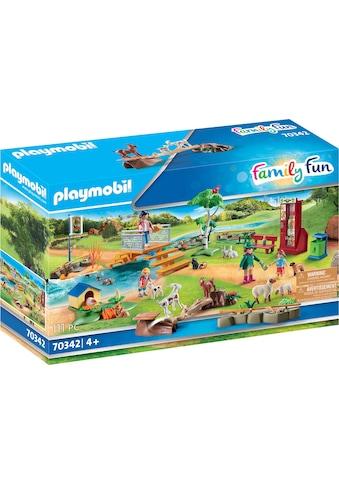 "Playmobil® Konstruktions - Spielset ""Erlebnis - Streichelzoo (70342), Family Fun"", Kunststoff kaufen"