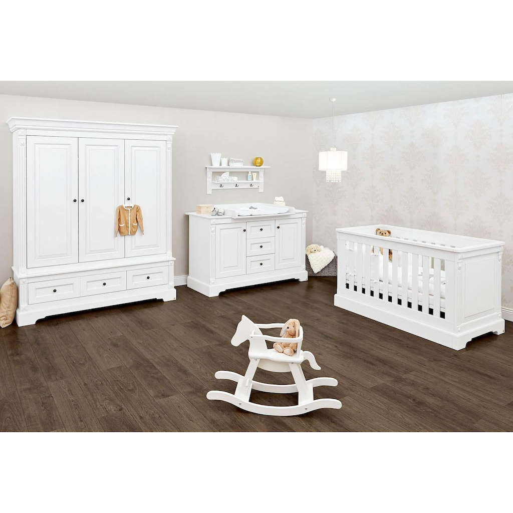 Pinolino® Babyzimmer-Komplettset »Emilia«, (Set, 3 St.), extrabreit groß; mit Kinderbett, Schrank und Wickelkommode