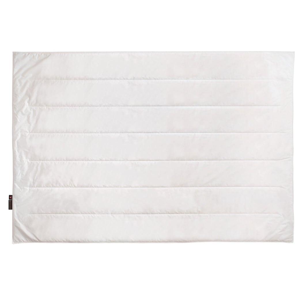 Centa-Star Kunstfaserbettdecke »Royal«, normal, Bezug 100% Baumwolle, (1 St.), High-Tech-Faser-Füllung - bis zu 70% leichter als herkömmliche Fasermaterialien
