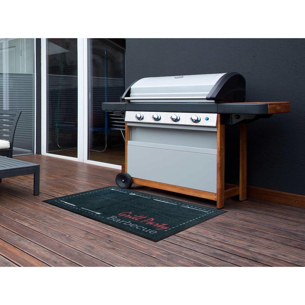 Primaflor-Ideen in Textil Fußmatte »BBQ Party«, rechteckig, 5 mm Höhe, Schmutzfangmatte, Grillmatte bzw. Grillunterlage ideal als Bodenschutz, mit Spruch, In- und Outdoor geeignet, waschbar