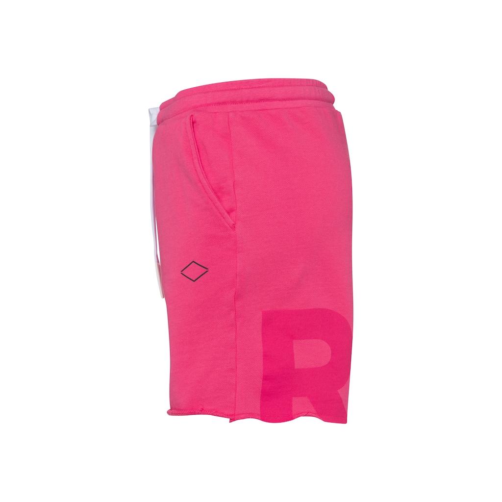 Replay Shorts, mit tonigem Labelprint