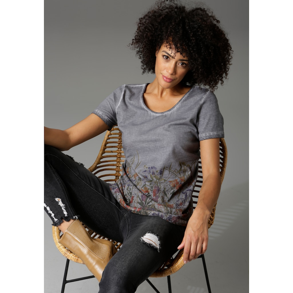 Aniston CASUAL T-Shirt, in trendiger Oil dyed-Waschung