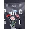 s.Oliver T-Shirt, mit hochwertigem Satin-Badge mit floralem Printmotiv