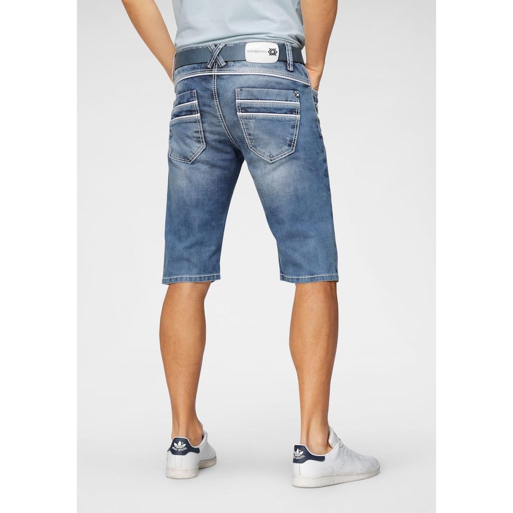 Cipo & Baxx Shorts, mit Paspelierung
