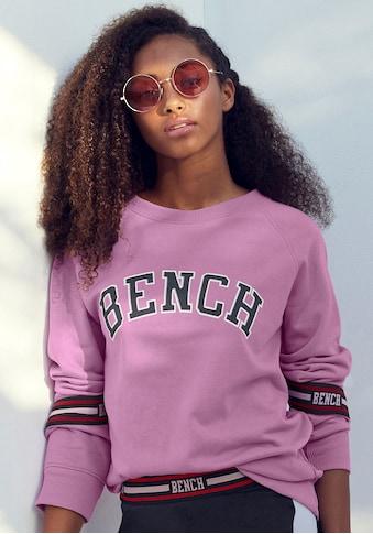 Bench. Sweatshirt, mit Logo Tape an den Ärmeln kaufen