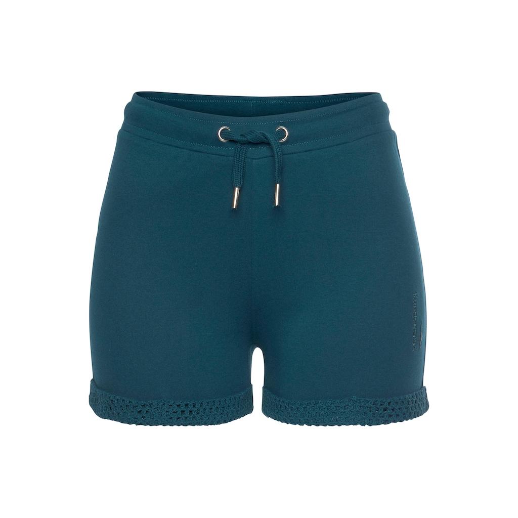 KangaROOS Shorts, mit Lochmuster am Beinsaum