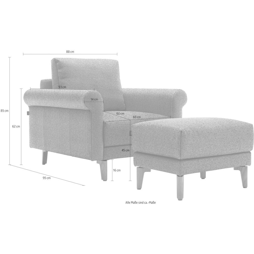 hülsta sofa Sessel »hs.450«, Armlehne Schnecke modern Landhaus, Breite 88 cm, Fuß Nussbaum, wahlweise Stoff oder Leder