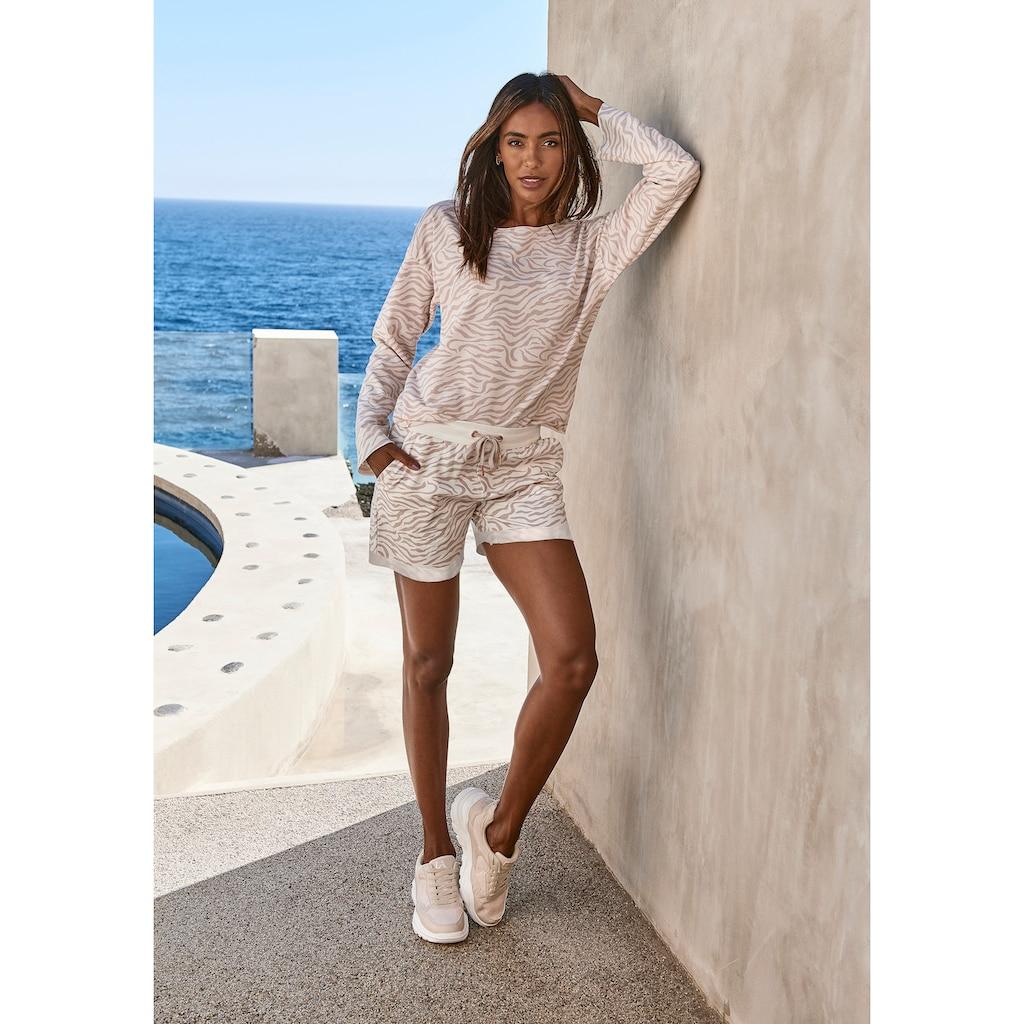 LASCANA Shorts, mit Rippbündchen und Umschlagsaum