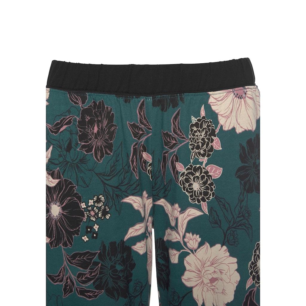 s.Oliver Capri-Pyjama, mit geblümter 3/4-Culotte