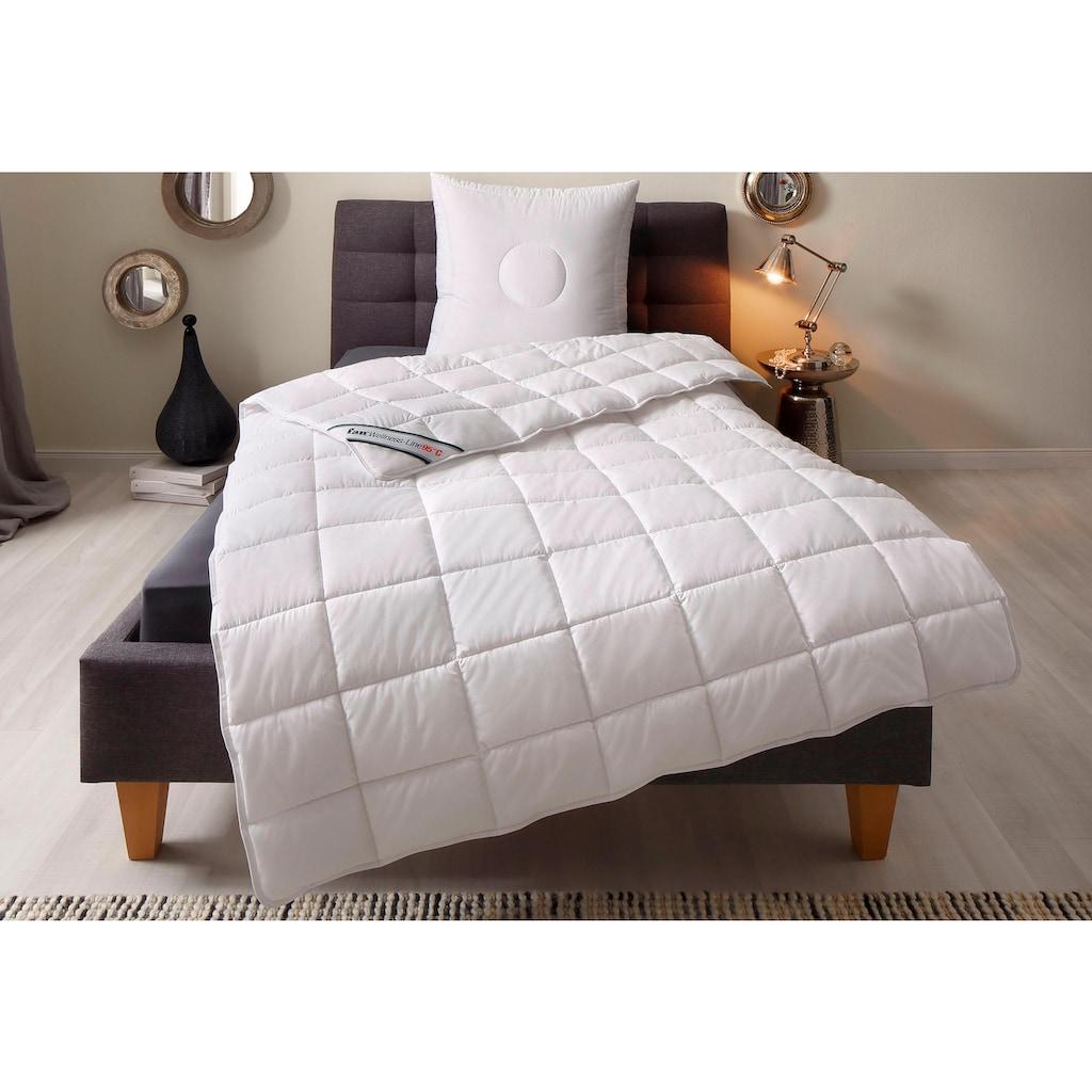 f.a.n. Schlafkomfort Kunstfaserbettdecke »Wellness Line«, leicht, Bezug 100% Baumwolle, (1 St.), kochfest bis 95 °C - mit immer wieder aufschüttelbarer Faserfüllung