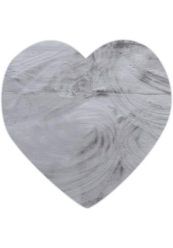 Gino Falcone Fellteppich »Kuschelteppich Chiara«, herzförmig, 30 mm Höhe, Kunstfell, Kaninchenfell-Haptik, besonders weich, Wohnzimmer kaufen