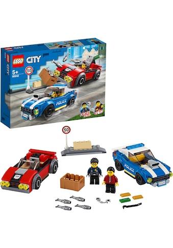 LEGO® Konstruktionsspielsteine »Festnahme auf der Autobahn (60242), LEGO® City«, (185... kaufen