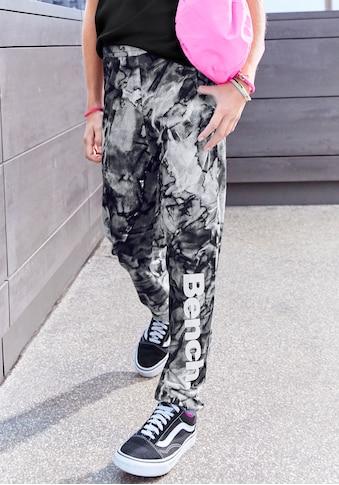 Bench. Haremshose, mit tonigem Batikmuster kaufen
