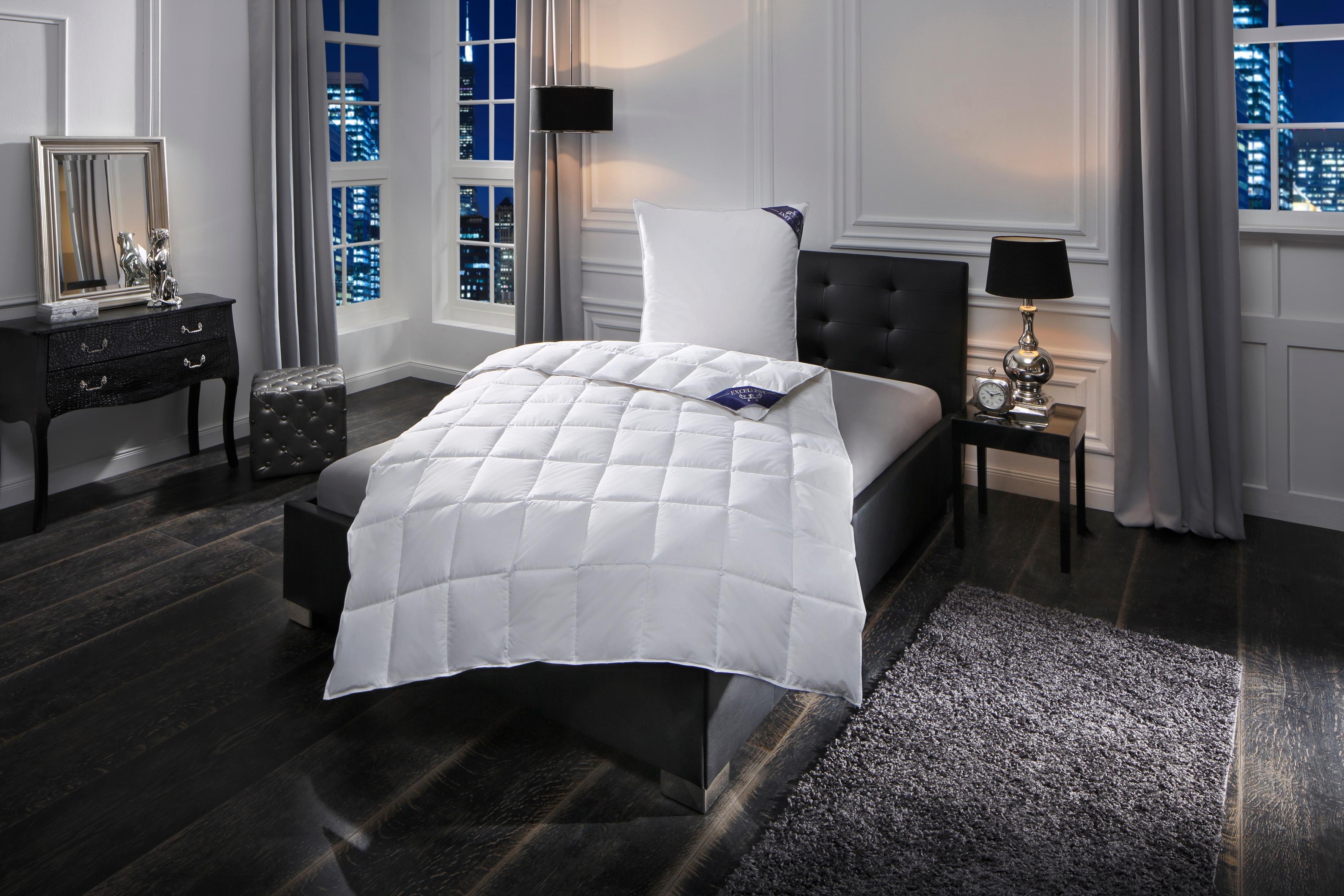 Daunenbettdecke, »Premium«, Excellent, leicht, Füllung: 100% Gänsedaunen, Bezug: 100% Baumwolle, (1-tlg.)