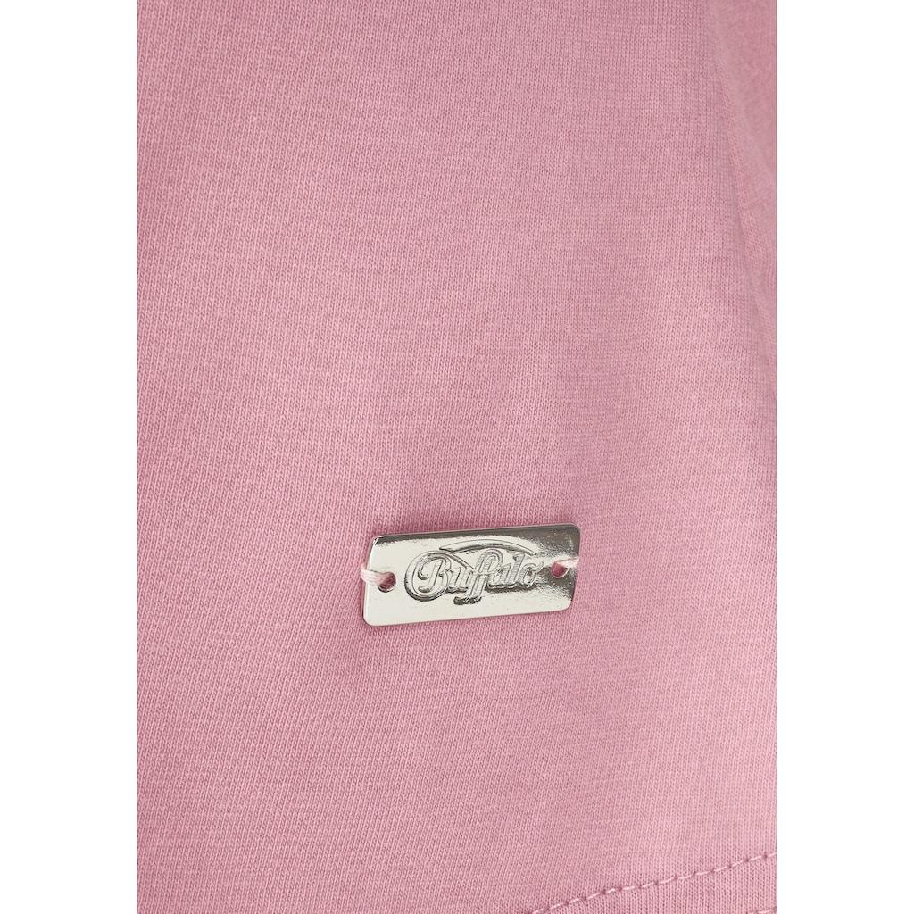 Buffalo Schlafanzug, mit Zierknöpfen