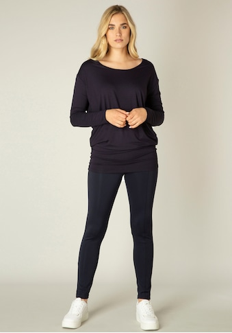 Base Level Langarmshirt »Yolanda«, Weiter Schnitt mir formgebendem Einsatz in der Hüfte kaufen