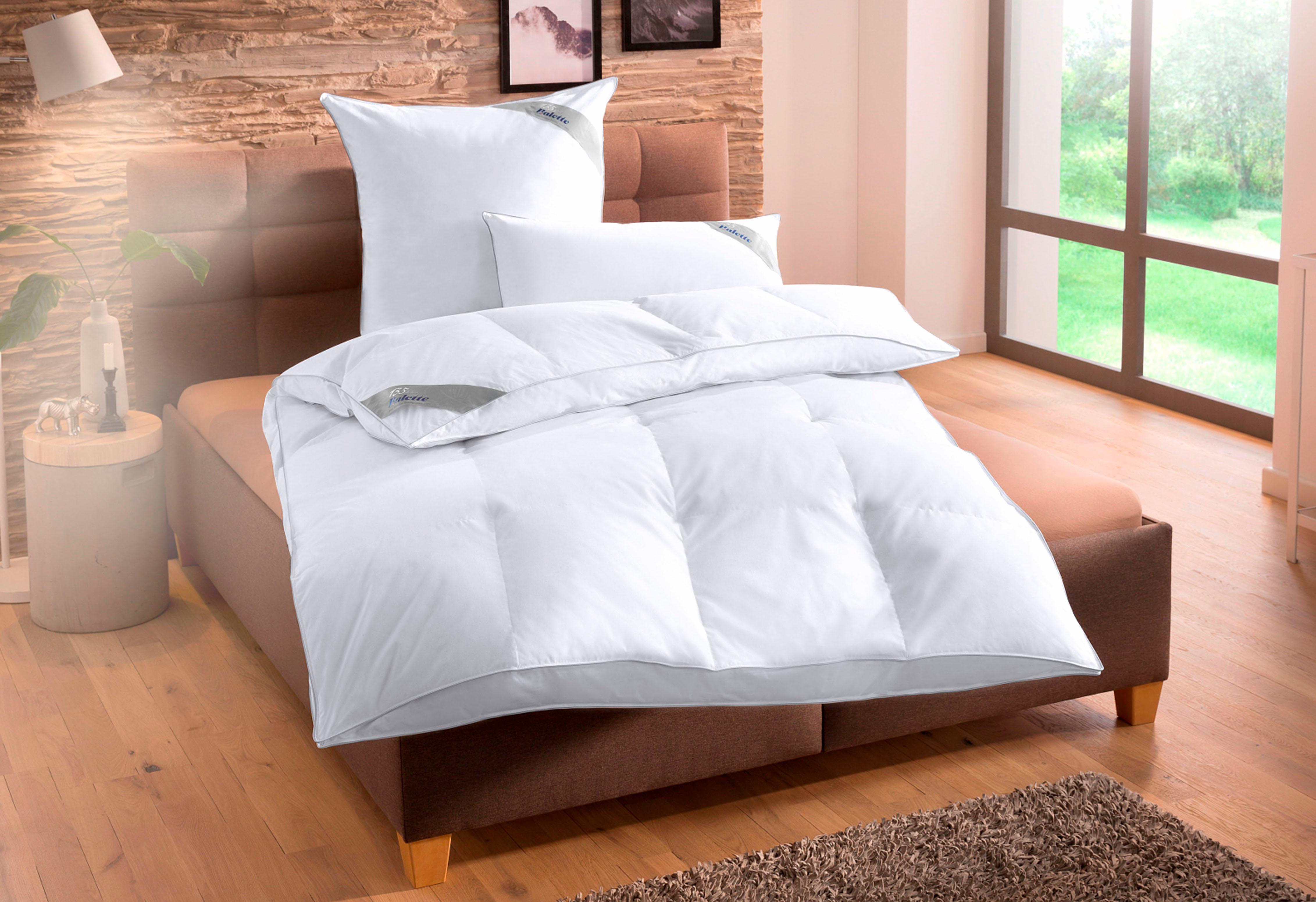 bettdecken herz falten ikea h ngelampe schlafzimmer deko hochzeitsnacht schulz lattenroste. Black Bedroom Furniture Sets. Home Design Ideas