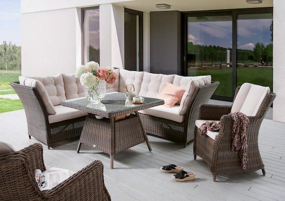 Lounge Ecksofa und Stuhl aus Polyratten mit passenden Auflagen