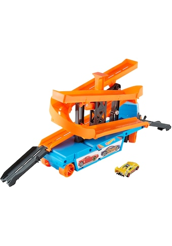 Hot Wheels Spielzeug-Transporter »Mega Action Transporter«, inkl. 1 Spielauto kaufen