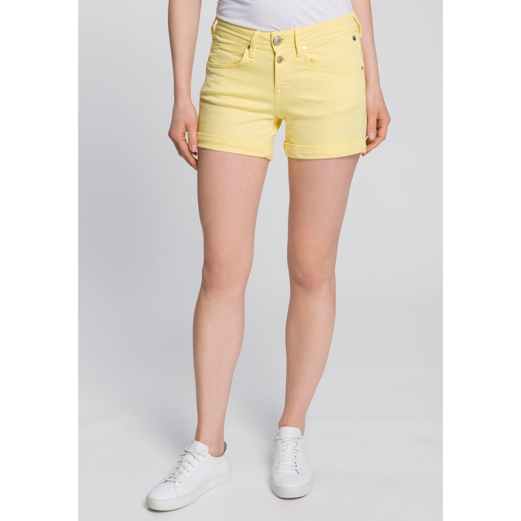 Freeman T. Porter Shorts »Romie Magic«, mit coolen Bewegungsfalten und hoch angesetzten Taschen für den optimalen Knack-Po