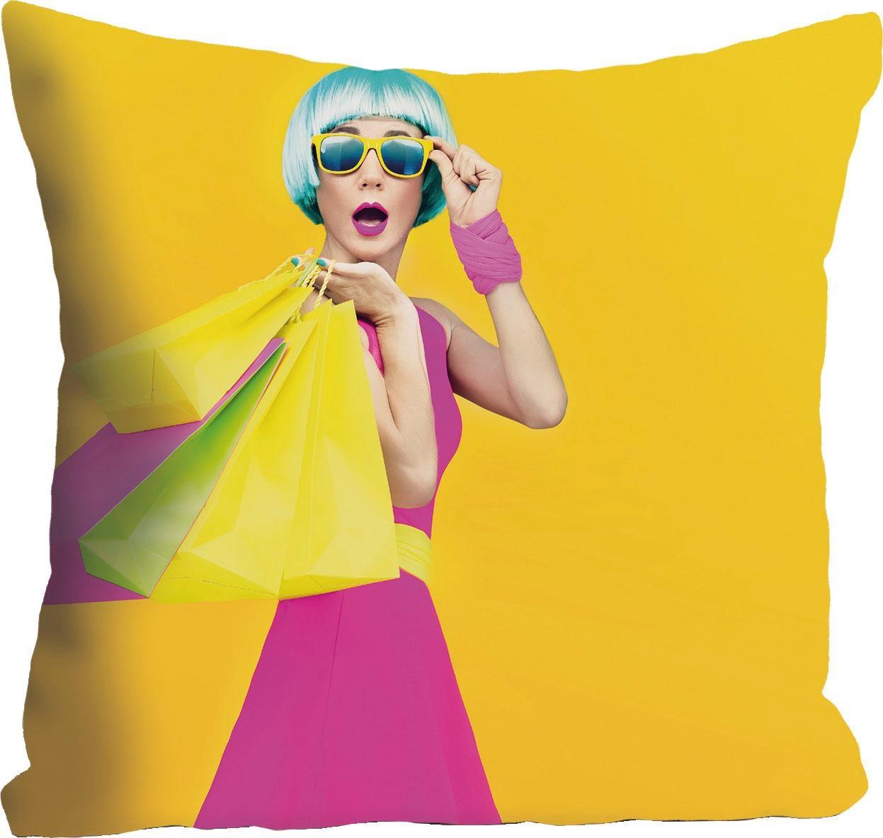 Kissenhülle »Frau mit Einkaufstüten« 40/40 cm   Heimtextilien > Bettwäsche und Laken > Kopfkissenbezüge   QUELLE