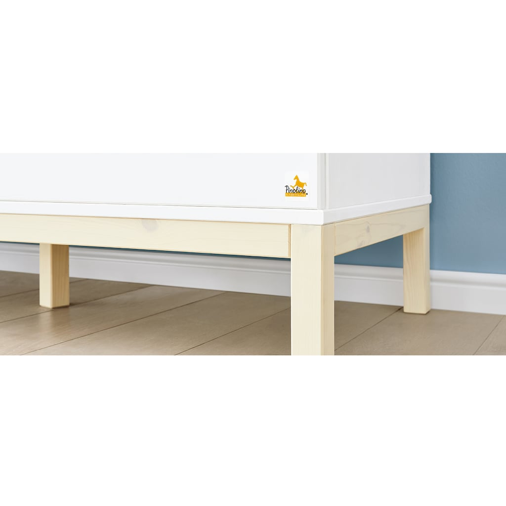 Pinolino® Babyzimmer-Komplettset »Skadi«, (Set, 3 St.), breit, FSC®-Holz aus gewissenhaft bewirtschafteten Wäldern; mit Kinderbett, Schrank und Wickelkommode