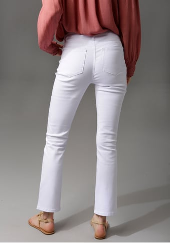 Aniston CASUAL Bootcut-Jeans, in knöchelfreier Länge kaufen